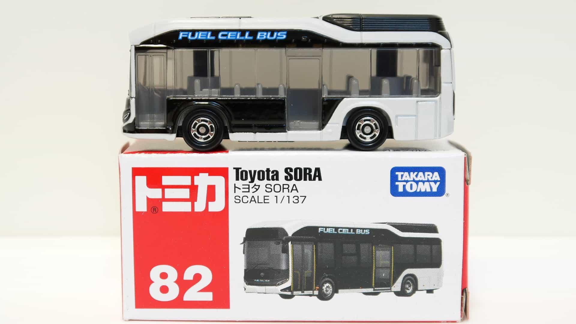 トミカ82-8トヨタSORA_箱